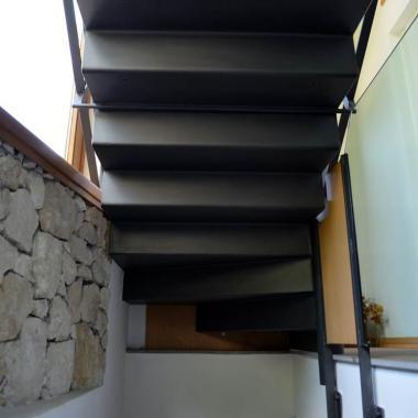Scala pressopiegata in acciaio verniciato