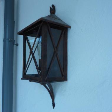 Luce a incandescenza da parete in acciaio Cor-Ten