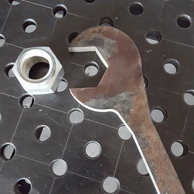 taglio chiave esagonale da acciaio altoresistenziale spessore 20 mm