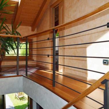 Parapetto legno e acciaio