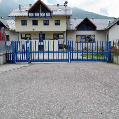 Cancello battente motorizzato
