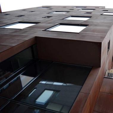 Rivestimento facciata in acciaio inox Cor-Ten